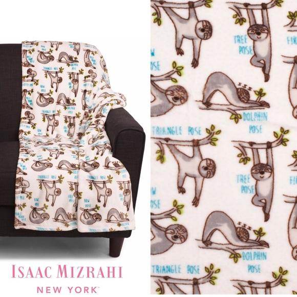 Astonishing Isaac Mizrahi Yoga Yogi Sloths Plush Throw Blanket Nwt Home Interior And Landscaping Ologienasavecom